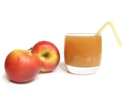 Свежевыжатый сок из яблок