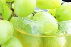 Сок из винограда зимой